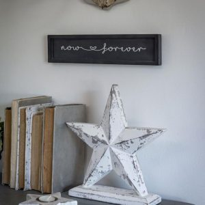 Chunky White Distressed Finish Star